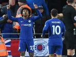 chelsea-willian-vs-liverpool_20171129_222334.jpg