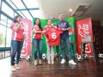 coca-cola-amatil-indonesia_20160426_173938.jpg