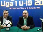 coo-pt-liga-indonesia-baru-tigorshalom-boboy-dan-risha-adi-wijaya-ceo-pt-lib_20180920_190600.jpg