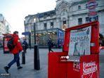 covid-19-di-inggris-luar-stasiun-kereta-victoria-di-pusat-kota-london.jpg