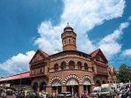 crawford-market-satu-tempat-untuk-berburu-oleh-oleh-khas-di-india.jpg