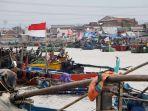 dampak-pandemi-covid-19-bagi-nelayan-palabuhan-tanjung-emas-sema_20200508_125722.jpg