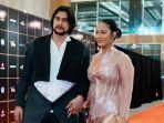 Tara Basro Pertama Kalinya Injak Red Carpet FFI Bareng Suami, Penampilannya Bak Bintang Hollywood