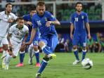 daniele-de-rossi-penalti_20150907_035417.jpg