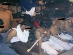 delapan-pemuda-bersenjata-celeurit-yang-semuanya-pelajar-setingkat-sma-ini-ditangkap_20170910_235148.jpg