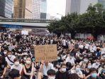 Polisi Hongkong Geruduk Kantor Jimmy Lay, Warga AS yang Membantu Pendiri Apple Daily Ikut Diburu