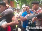 demo-mahasiswa-pmii-di-kantor-pemkab-situbondo-ricuh-disusupi-provokator.jpg