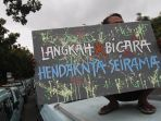 demo-sopir-angkot-rute-tanah-abang_20180122_201620.jpg