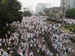 demonstrasi-bela-islam-tuntut-ahok-dijadikan-tersangka_20161104_155147.jpg