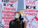 demonstrasi-dukung-kpk_20150208_205905.jpg