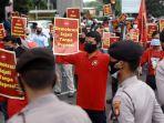 1.000 Buruh Akan Demo di DPR Tolak UU Cipta Kerja dan Minta Kenaikan Upah Minimum