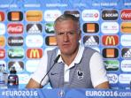 didier-deschamps-jumpersvsjerman_20160707_114927.jpg