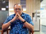 direktur-utama-pt-lib-akhmad-hadian-lukita-saat-diwawancarai-di-kantor-pt-lib.jpg