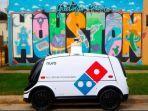 dominos-pizza-pengiriman-pizza-kepada-pelanggannya-menggunakan-mobil-robot.jpg