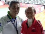 edyanto-sabarudin-dengan-referee-dari-bwf-heng-he-neoh-asal-malaysia_20180628_194631.jpg