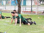 egy-maulana-vikri-saat-menjalani-latihan-perdana-bersama-timnas-indonesia-u-23.jpg