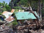 empat-rumah-warga-di-baurajan-dusun-tirer-desa-lusiduawutun-yang-diterjang-banjir-bandang.jpg