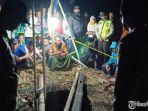 evakuasi-abd-halim-53-di-sumur-kecamatan-bluto-kabupaten-sumenep.jpg