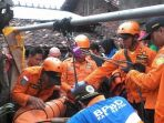 evakuasi-bocah-masuk-sumur_20170331_174824.jpg