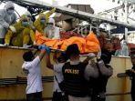 evakuasi-jasad-hasan-afriandi-abk-di-kapal-china.jpg