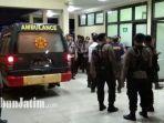 evakuasi-jenazah-anggota-brimob-tersambar-petir_2.jpg