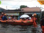 evakuasi-korban-banjir-di-kalimantan-selatan.jpg