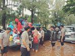 evakuasi-korban-banjir.jpg