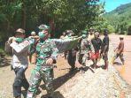 evakuasi-korban-tertimbun-tanah-longsor-di-kotabaru.jpg