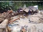 evakuasi-siswa-madrasah-yang-diterjang-banjir-bandang-ketika-sekolah-sore-11-orang-meninggal_20181014_050539.jpg