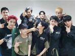 exo-rayakan-anniversary-ke-8-begini-unggahan-para-member.jpg