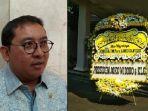 fadli-dzon-dan-foto-karangan-bunga-presiden-jokowi-untuk-almarhum-djoko-santoso.jpg