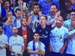 fan-manchester-united-berada-di-kerumunan-fans-real-madrid_20160505_155059.jpg