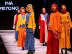 fashion-show-karya-ina-priyono-di-muffest-2017_20170407_120221.jpg