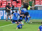 federico-chiesa-merayakan-mencetak-gol-pertama-tim-selama-perpanjangan-waktu.jpg