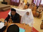 foto-foto-pernikahan-sulmankar-pns-di-makassar-poligami-undangan-dibuat-istri-pertam.jpg