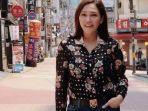 gaya-outfit-maia-estianty-saat-liburan-ke-korea-selatan.jpg