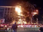 gedung-kejaksaan-agung-ri-terbakar-hebat_20200822_212756.jpg