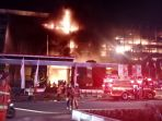 gedung-kejaksaan-agung-ri-terbakar-hebat_20200822_215756.jpg
