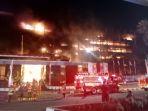 gedung-kejaksaan-agung-ri-terbakar-hebat_20200822_220314.jpg