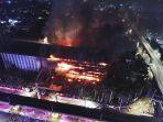 gedung-kejaksaan-agung-ri-terbakar-hebat_20200822_224156.jpg