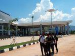 gedung-terminal-keberangkatan-pos-lintas-batas-negara-motaain_20161210_071808.jpg