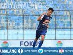 Respons Arema FC Soal Kabar Hanif Sjahbandi Merapat ke Persib Bandung