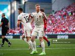 gelandang-belgia-kevin-de-bruyne-merayakan-setelah-gol-pertama-timnya.jpg