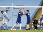 HASIL Liga Inggris Tadi Malam, Chelsea Bikin Man City Tunda Pesta Juara, Liverpool Intip 4 Besar