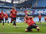 gelandang-portugal-manchester-united-bruno-fernandes-merayakan-setelah-mencetak-gol-pembuka.jpg