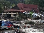 gempa-dan-tsunami-di-sulteng_20180930_220555.jpg