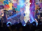 grup-band-jamrud-tampil-di-synchronize-festival-2019_20191004_232604.jpg