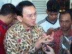 gubernur-ahok-saksikan-film-slank-ngga-ada-matinya_20151006_103857.jpg