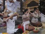 gubernur-bali-wayan-koster-upacara-yadnya-pamahayu-jagat.jpg