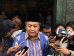gubernur-bank-indonesia-perry-warjiyo_20181104_150355.jpg